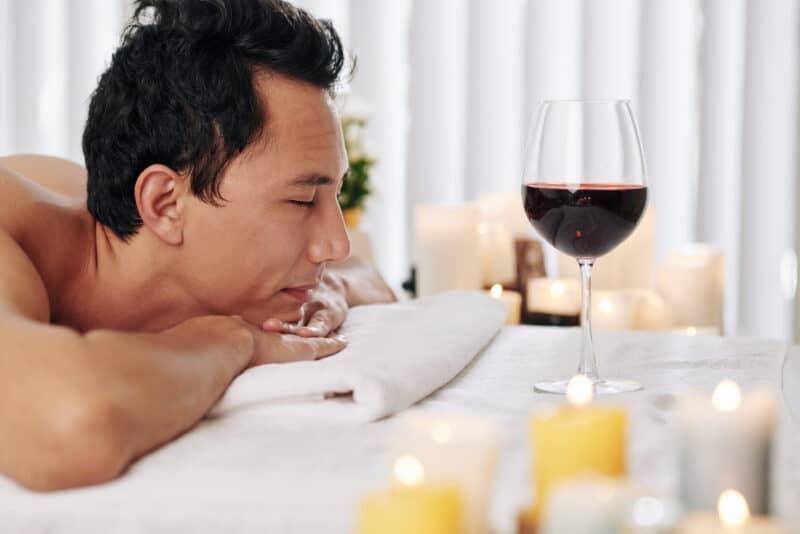 Recomendaciones al momento de solicitar servicios de masajes sensuales