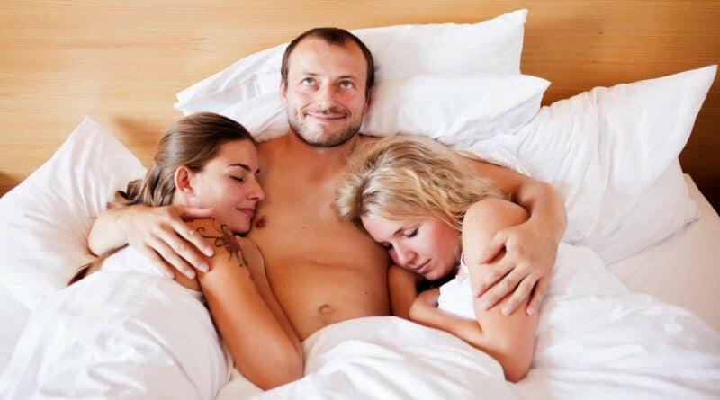 Consejos para que puedas tener un fenomenal sexo de tres