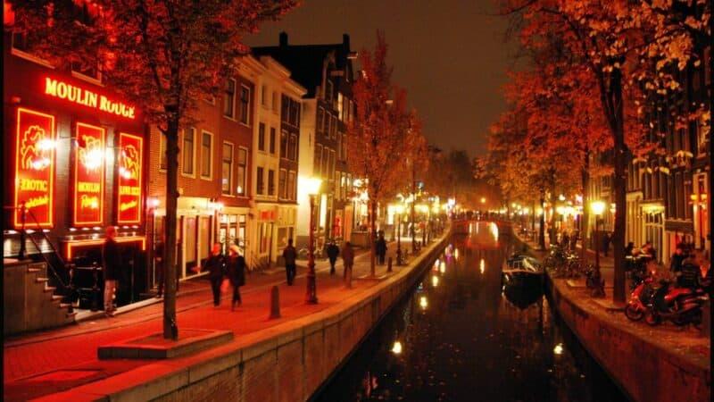 Museos y atracciones en el barrio rojo de Ámsterdam