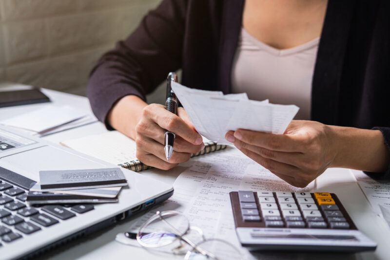 Cómo puedes practicar la dominación financiera